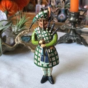 Jim Shore figurine